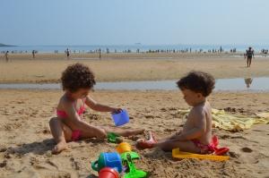 Jugamos en la playa